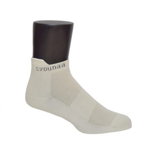 syounaa sports socks men on mannequin - side view