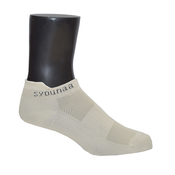 syounaa women's sports socks on mannequin